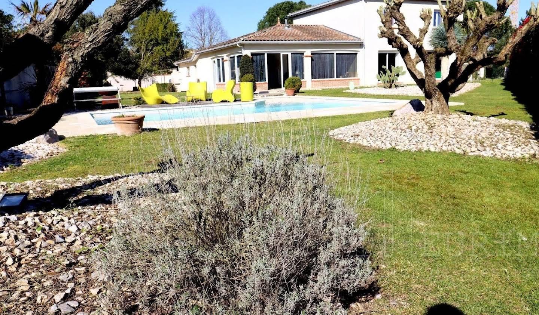 Villa avec piscine Tournefeuille