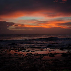 Pure beauty by Christie Lynn - Landscapes Sunsets & Sunrises ( nature, colorful, sunset, nicaragua, beach )