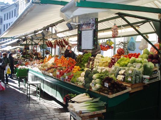 Mercato a Bolzano di burghy74