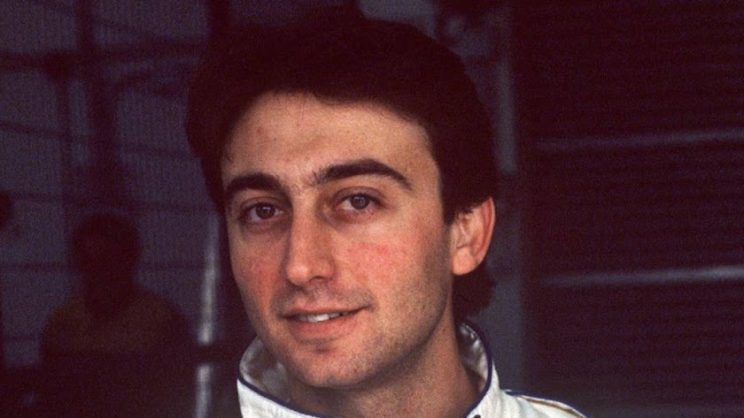 Adrián Campos.