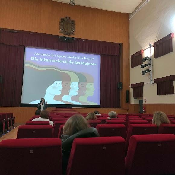 Conferencia por el Día de la Mujer en Tabernas.