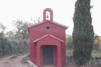 Photo: Capelleta a l'entrada del poble