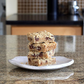 Peanut Butter Oatmeal Bars With Chocolate Chips.
