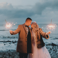 Wedding photographer Maksim Pyanov (maxwed). Photo of 11.12.2017