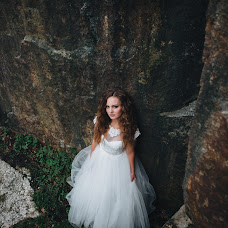 Wedding photographer Oleksandr Nesterenko (NesterenkoPhoto). Photo of 08.10.2017