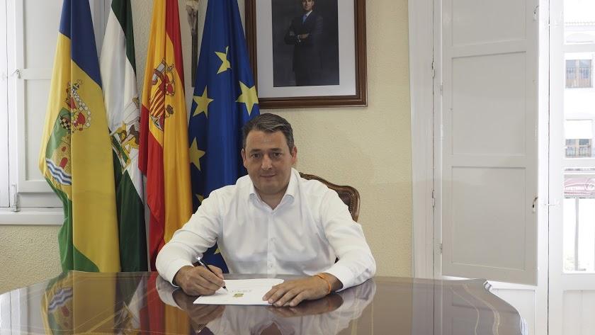 El alcalde tijoleño José Juan Martínez.