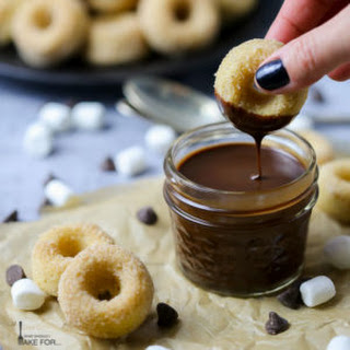 Baked Cinnamon Mini Donuts with Chocolate Sauce
