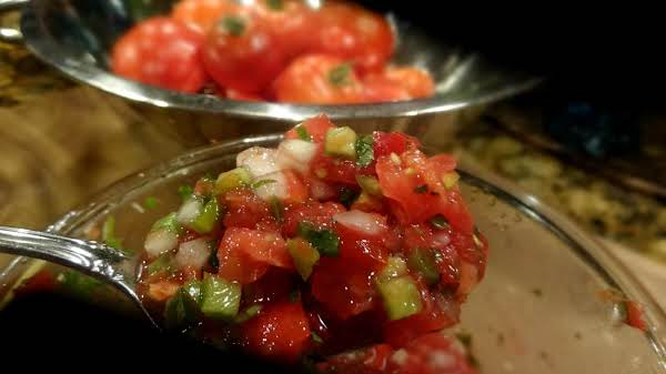 Bonnie's Fresh Spanish Salsa