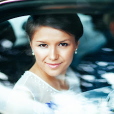Wedding photographer Yuliya Sergeeva (JuliaSerg). Photo of 07.08.2014