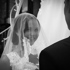 Wedding photographer Kseniya Bondarenko (Ksenon). Photo of 26.09.2015