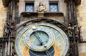 El reloj astronómico de Praga: curiosidades y leyendas sobre el iPhone del  medievo - Libertad Digital - Cultura