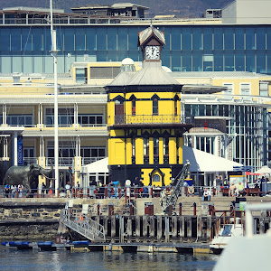waterfront clocktower facelift - red to yellow.jpg