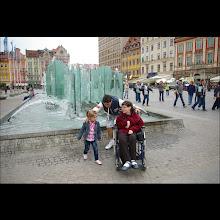 Photo: 15 V 2012  roku -  przy fontannie  z Tatą  Tadeuszem
