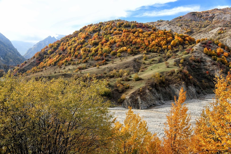Azerbejdżan, droga do Lahica, Lahic Yolu