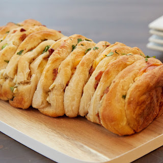 Bacon and Cheese Jalapeño Pull-Apart Bread.