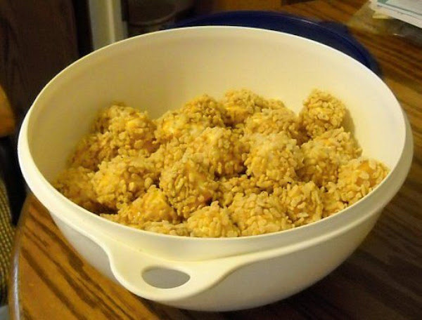 Angela's Rice Krispie Caramel Balls Recipe
