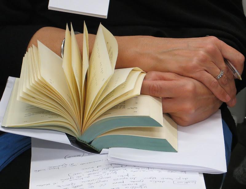 lettura impegnata... di mariellaturlon