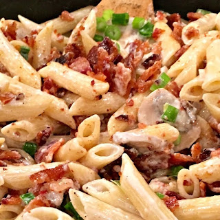 Bacon Lovers Creamy Penne Pasta.