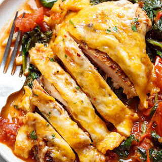 Tomato Spinach Chicken Skillet (Low Carb – Keto).
