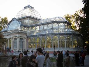 Photo: Palacio de cristal, en el mismo parque.