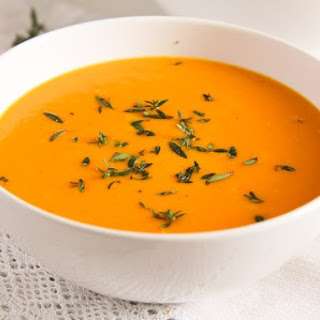 Simple and Delicious Creamy Carrot Soup with Milk Recipe