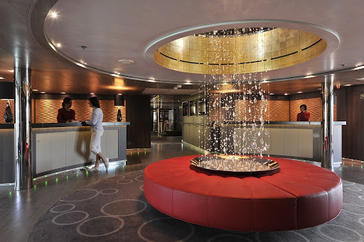 le-boreal-reception-area.jpg - The classy reception area on Ponant's luxury ship Le Boreal.