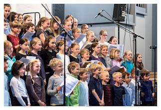 Photo: Die Kurrenden der  St. Johannis-Kantorei Rostock  Geigen, Gesang & Festspiele: https://goo.gl/YJ8fLK
