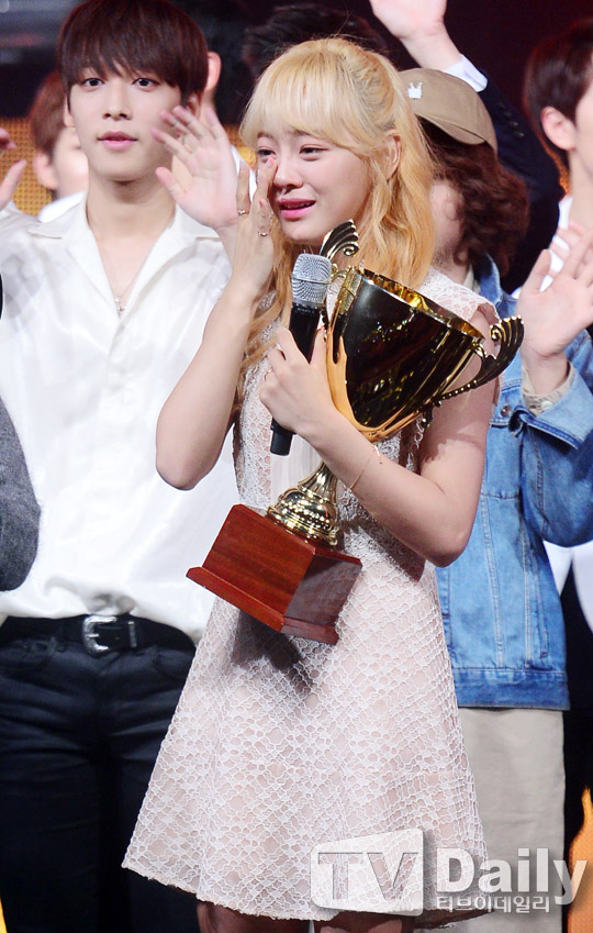 kim sejeong solo comeback 1