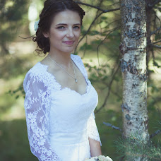Wedding photographer Yana Razumovskaya (Ucatana). Photo of 11.06.2015