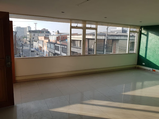Bodegas en Arriendo - Bogota, Samper Mendoza 642-4041