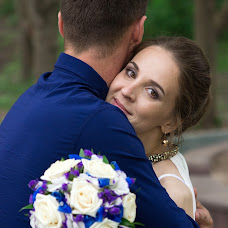 Wedding photographer Vladlena Lobaznikova (vlada235). Photo of 20.09.2016