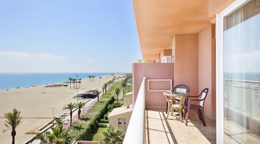 Los hoteles de Almería empiezan a recibir reservas de extranjeros