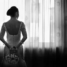 Wedding photographer Cristian Dinu (OneColor). Photo of 17.01.2017