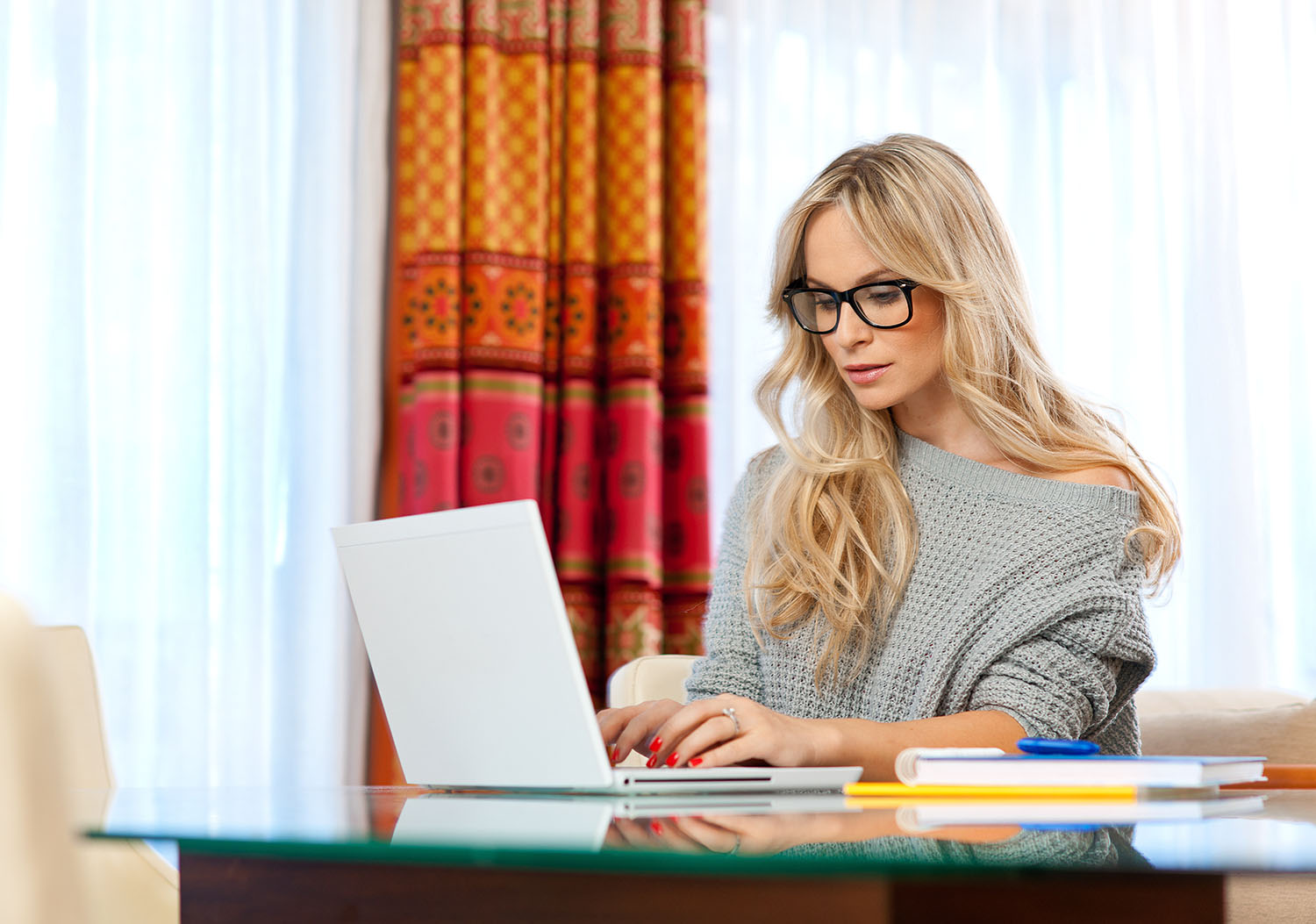 Woman looking online for medical information
