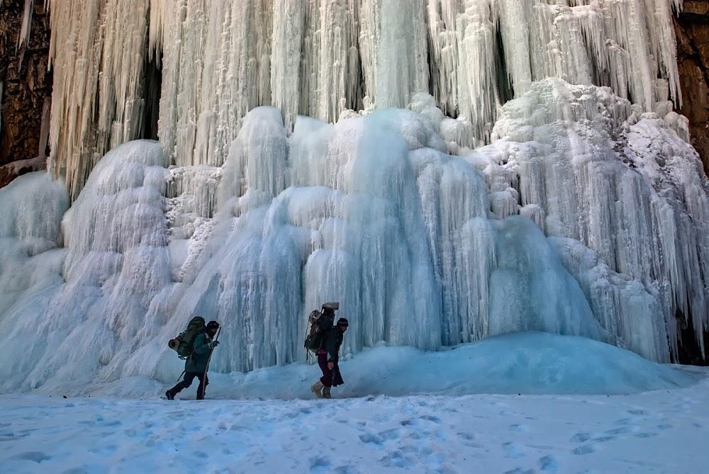 best-thrilling-activities-india-chadar-trek_image