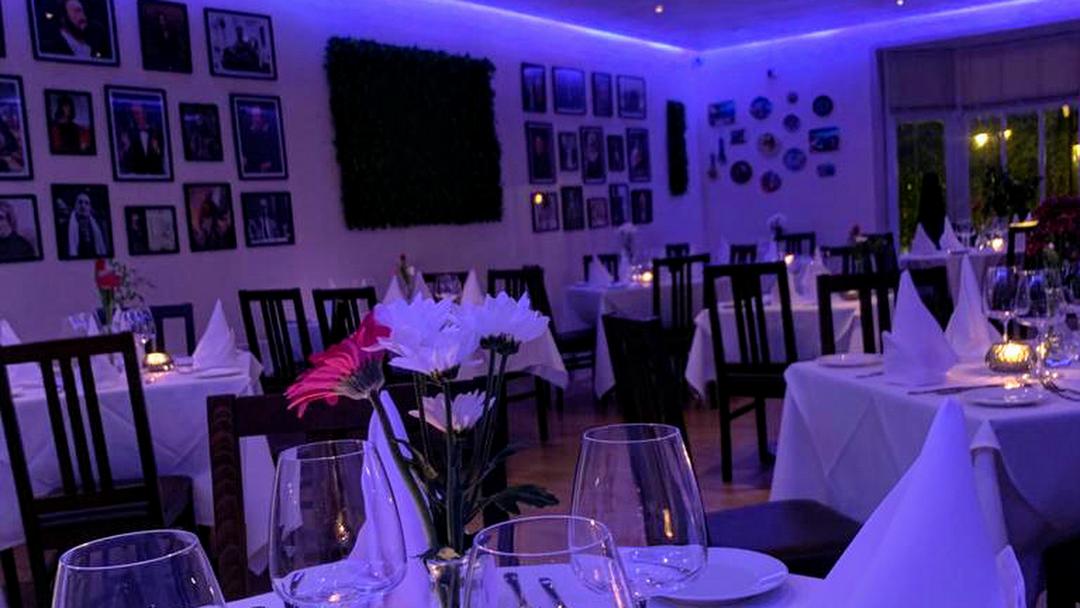 Perla Nera - good Italian Restaurant in Crook, near Dowfold House Bed and Breakfast