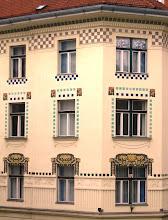 Photo: Art Nouveau -fasadeja: Trdinova ulica -kadulla (kuva hotellihuoneemme ikkunasta!)