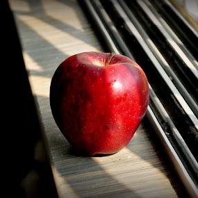 An apple by Shatoddruh Saha - Food & Drink Fruits & Vegetables ( #apple, #nikon, #foodporn, #sunlight, #likeforlikes )