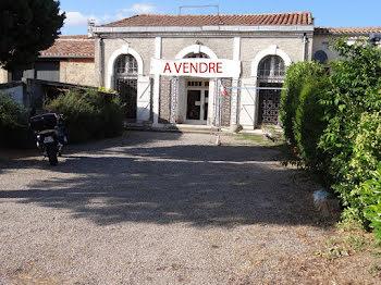 locaux professionels à Villepinte (11)