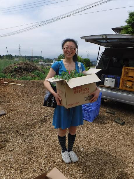 埼玉から千葉まで、段ボール抱えて電車で苗を運んでくれるそうです。