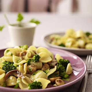 Pasta with Broccoli, Mushrooms and Anchovies