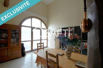 maison à Rouvres-la-Chétive (88)