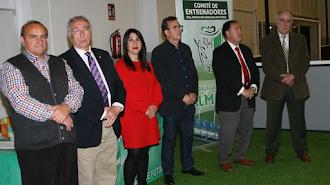 Martín Doblado estuvo con sus entrenadores.