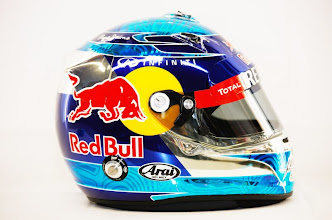 Photo: JEREZ DE LA FRONTERA, SPAIN - FEBRUARY 08:  The drivers helmet of Sebastian Vettel of Germany and Red Bull Racing is seen during day two of Formula One winter testing at the Circuito de Jerez on February 8, 2012 in Jerez de la Frontera, Spain.  (Photo by Mark Thompson/Getty Images) *** Local Caption *** Sebastian Vettel