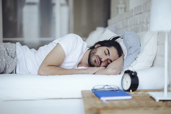 A new study has found that sleeping in a noisy bedroom could be affecting male fertility.