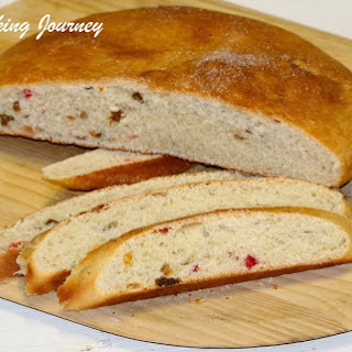 Julekake or Julekaga – Norwegian Christmas Bread (Egg Less Recipe).