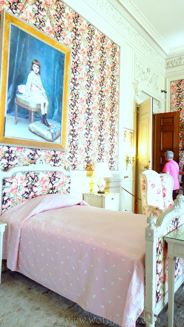 This is Gertrude Vanderbilt's room! Can't remember from where, but I read of this name before.