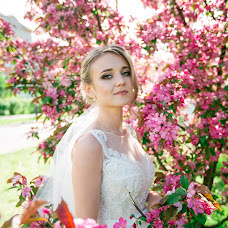Wedding photographer Yana Krutikova (IanaKrutikova). Photo of 09.06.2017