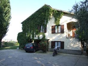 Photo: Für drei Wochen mein hoch geschätztes Zuhause: Die Rastelli-Villa, angenehme 30 km außerhalb der Hitze der Großstadt.