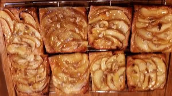 Easy Apple-walnut Tarts Recipe